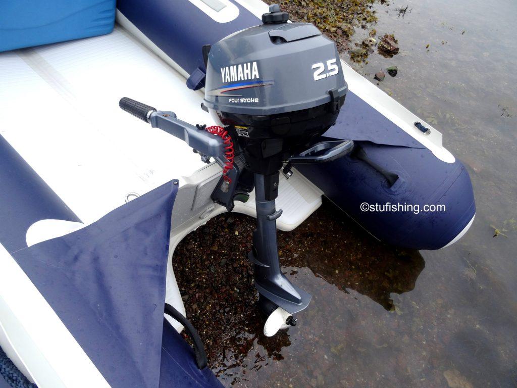Honda Honwave T38 inflatable boat and Yamaha 2.5 rear view