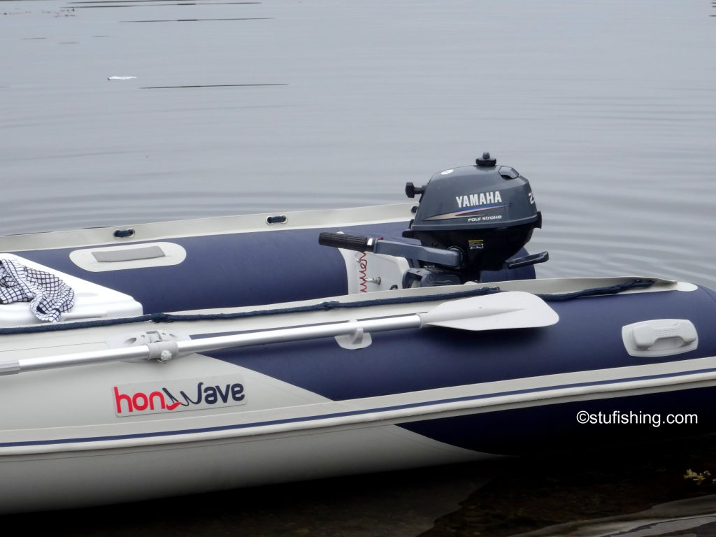 Honda Honwave T38 inflatable boat Yamaha 2.5 side view